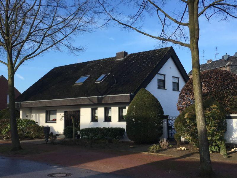 Großes Einfamilienhaus in exponierter Lage von Lobberich, 41334 Nettetal, Einfamilienhaus