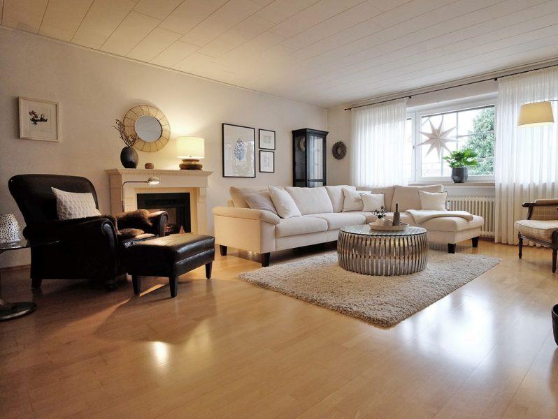 Schicke Dachgeschoss-Maisonette Whg mit 2 Loggien, großem Bad, gehobener Ausstattung Stellplatz/Hof in Viersen-Dülken, 41751 Viersen, Maisonettewohnung
