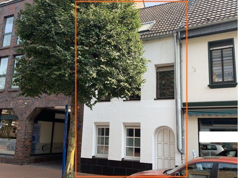 Zwei auf einen Streich – Ein Grundstück mitten in Dülken bebaut mit zwei autarken Häusern, 41751 Viersen, Reihenmittelhaus